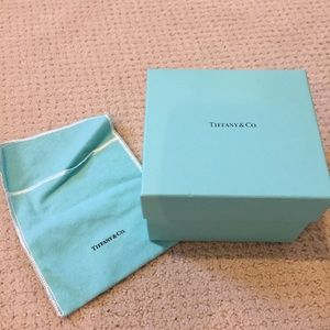 Tiffany box with cloth pouch